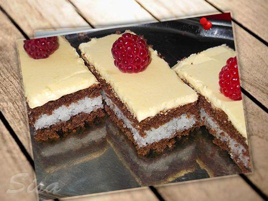 Hrnčekové recepty: Kokosovo - kakaové rezy so žĺtkovou polevou.