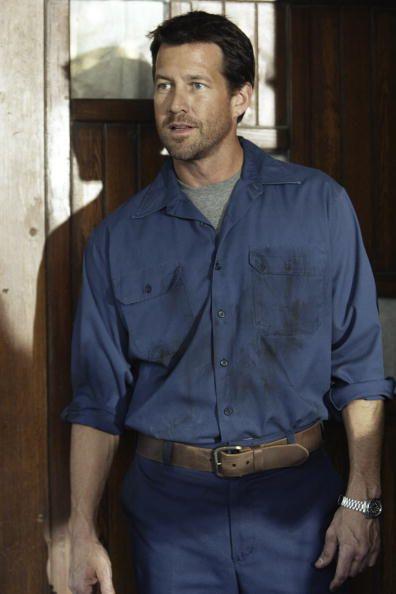 Mike Delfino (James Denton) ~ Desperate Housewives ~ Episode Stills ~ Pilot Episode ~ March 2004