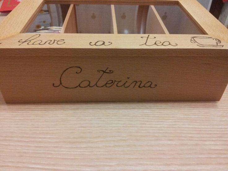 Particolare scatola porta The Caterina