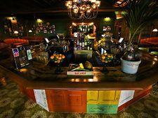 Little Havana Bar: Ball & Chain