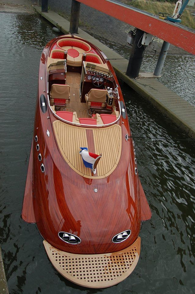 Walth Boats, manufactured in Holland.