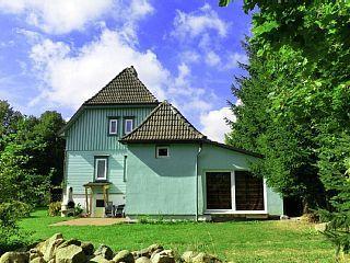 Ferienhaus Loretta im Elend: 6 Schlafzimmer, für bis zu 12 Personen. Luxus-Ferienhaus im Harz im Luftkurort Elend, mit Hallenbad und Sauna   FeWo-direkt