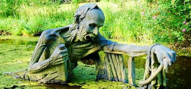 Near a small village called Roundwood, a giant zombie seemingly rises from the swamp. Known as The Ferryman, this impressive statue is just one of the many sculptures found in Victoria's Way; a pri…