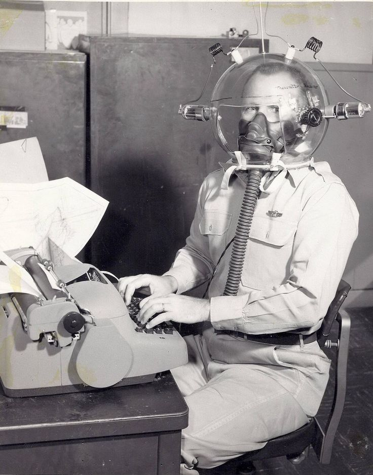 EXPERIMENTAL TRANSMITTER / RECEIVER FOR ARMED FORCES COMMUNICATIONS - BUBBLE TOP CLEAR PLASTIC HELMET PROVIDES AIR MASK AS WELL