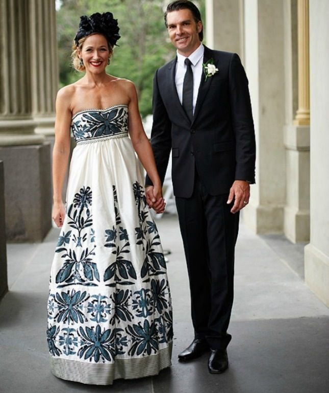 14 Floral Wedding Dresses That Are Crazy Pretty