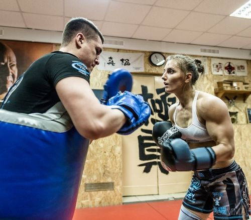 striking workout w/ Russian stawweight fighter and bodybuilder Aleksandra Albu : if you love #MMA, you will love the #MixedMartialArts and #UFC inspired designs at CageCult: http://cagecult.com/mma