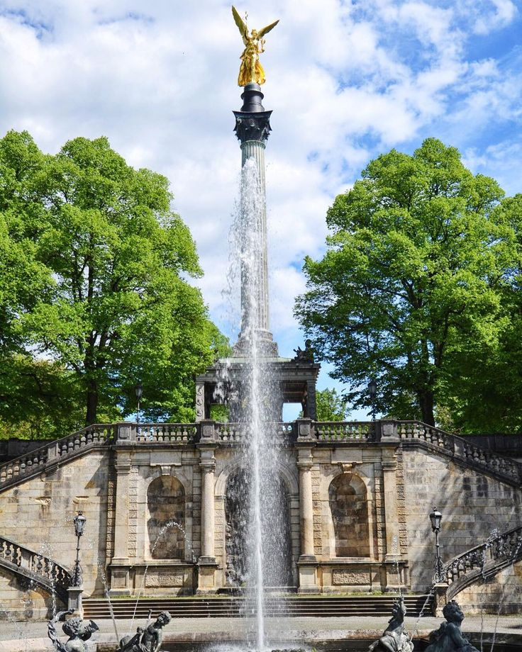 Mōnachium  -  #munchen #münchen #munich #munichcity #monachium #niemcy #deutschland #germany #bayern #bawaria #bavaria #topgermanyphoto #altstadt #belekaj #godej #rajza #podróż #podroze #podróże #zwiedzamy #blogtroterzy #blogpodrozniczy #polishtravelblogs #travelblog #travel #travelgram #topmunichphoto #fountain #friedensengel #zwiedzanie