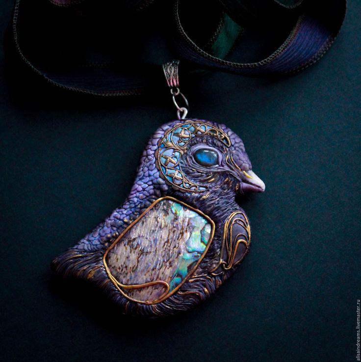 """Купить Кулон """"Поющие в терновнике"""". - тёмно-фиолетовый, птица, поющие в терновнике, полимерная глина, птичка"""
