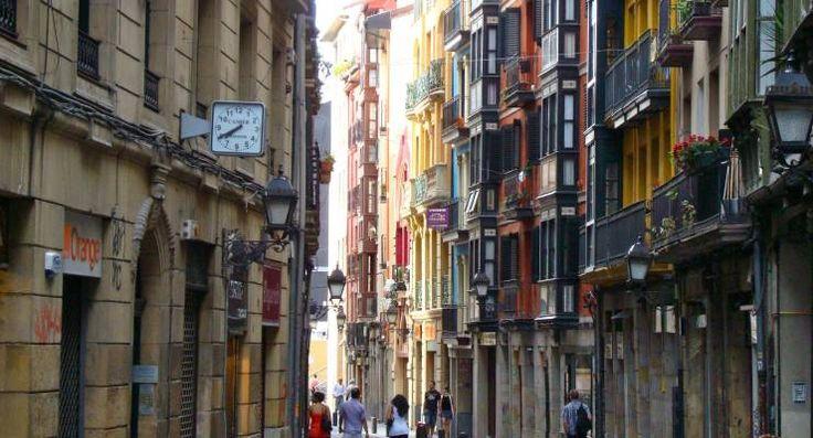 スペイン・バスク地方ビルバオ観光スポット6選!必訪の観光名所で今昔文化の融合を感じよう|TapTrip