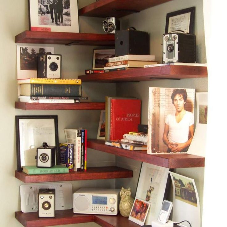 The 25+ best Homemade bookshelves ideas on Pinterest   Apartment therapy,  Wood crate furniture and Crate furniture