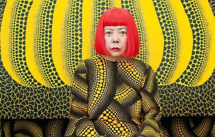 Самая дорогая художница уже 40 лет живет в сумасшедшем доме. Взглянув на ее картины вы поймете почему