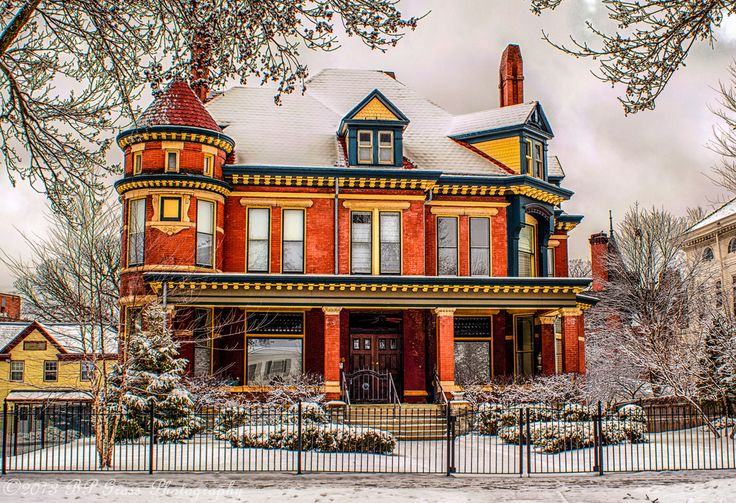 House on Summit Ave by Bradley Gross Via Flickr: House on Summit Ave, St. Paul, MN www.imagekind.com/Summit-Ave-Mansion_art?IMID=06f11b3e-9c…