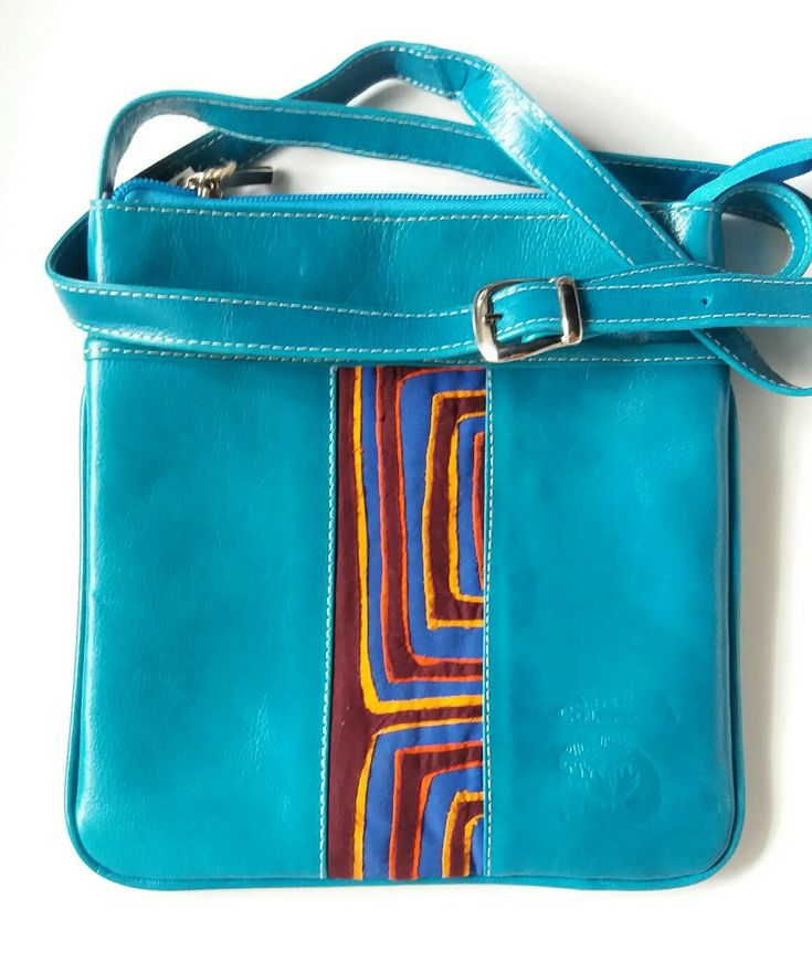Leather Cross-Body bag with Mola. An ethnic inspiration! ♡
