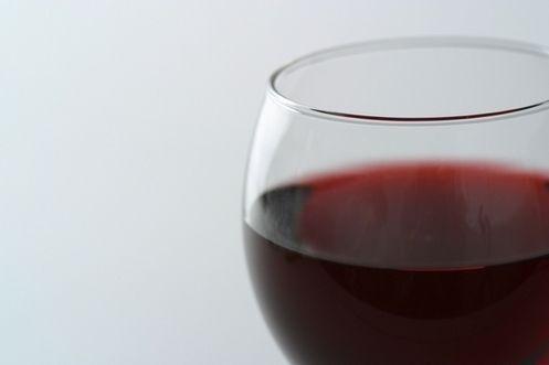 Dépendance à l'alcool : d'abord écouter les patients