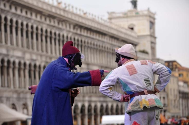 maschere in piazza