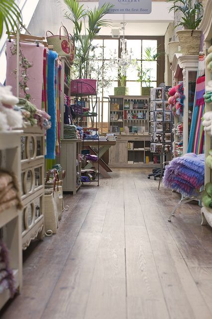 Avoca. Wool merchants in Ireland