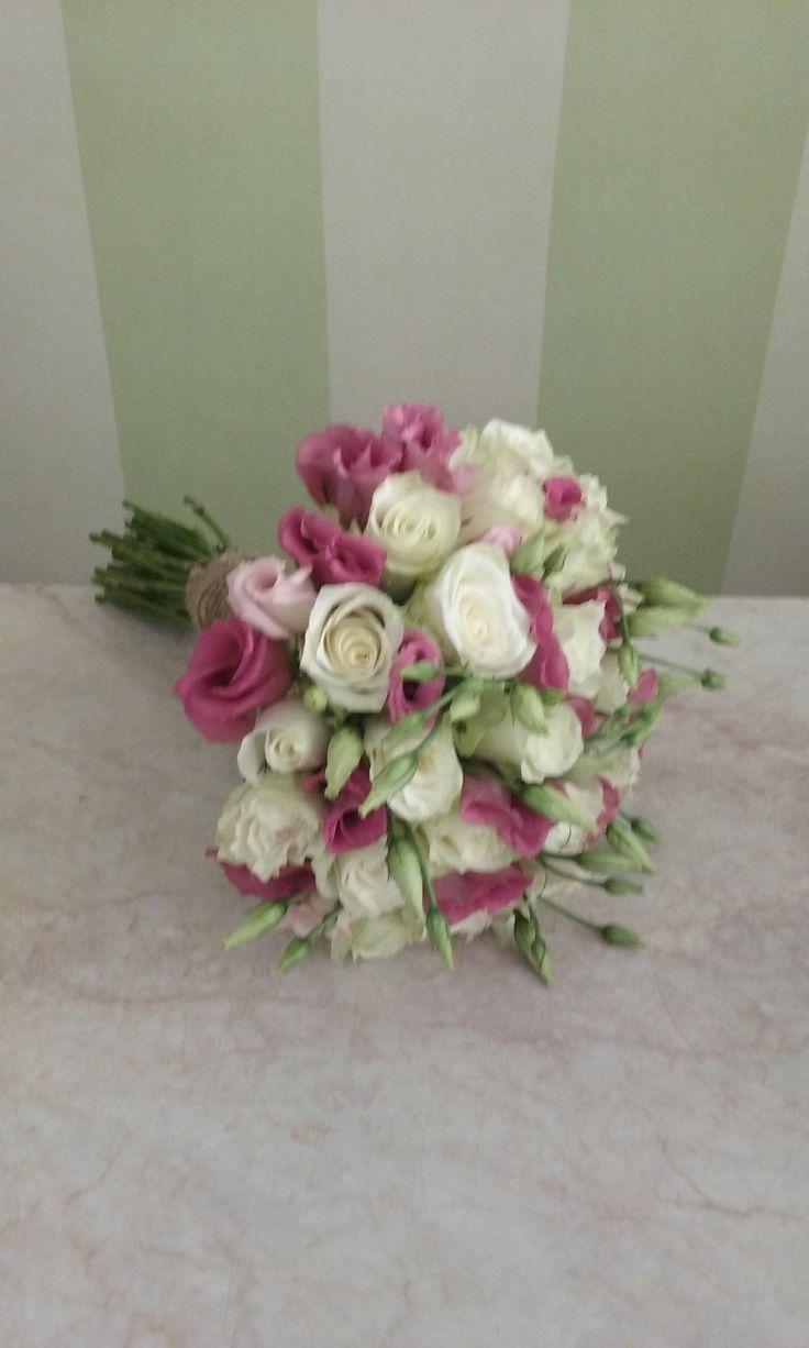 #bridal#bouquet#lysianthus#roses#