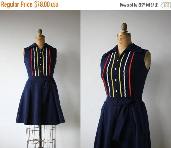 ZWARTE VRIJDAG VERKOOP vintage 1960s jurk / door livinvintageshop