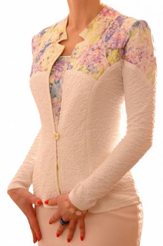 Красивые жакеты для женщин предлагает онлайн магазин Shemart с бесплатной доставкой
