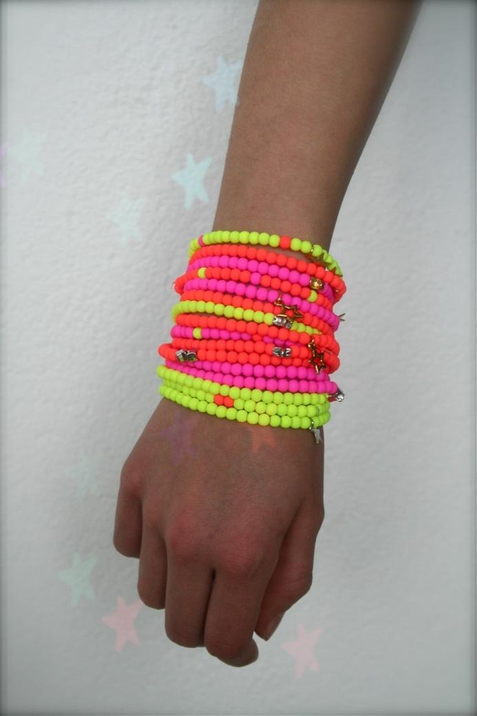 Neon kleuren!!!    www.facebook.com/sieradenlijn.inis