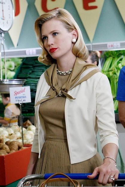 January Jones as Betty Draper - 'Mad Men', Season 1