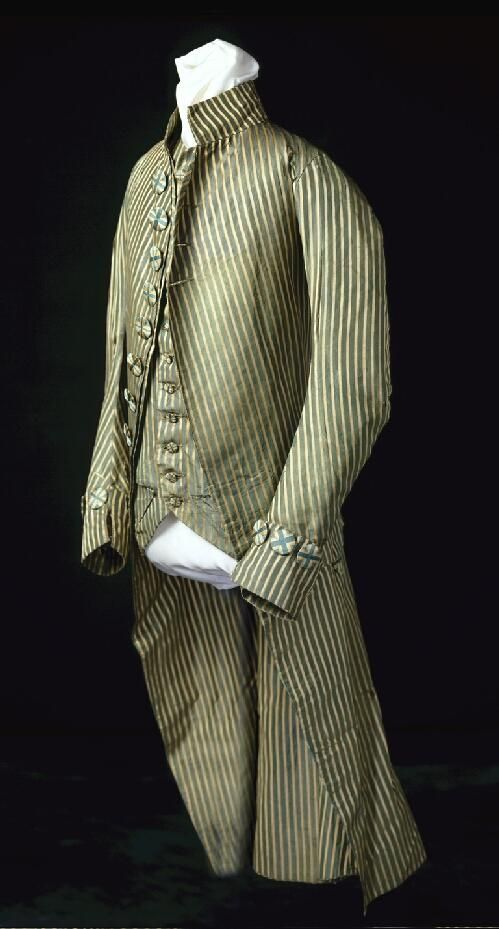 Eighteenth Century Coat, Waistcoat and Breeches Worn By Pierre Bauduy de Bellevue | collections.mohistory.org   ca. 1790 to 1800 Silk taffeta.  Bauduy was a French immigrant from Santo Domingo who lived in Delaware