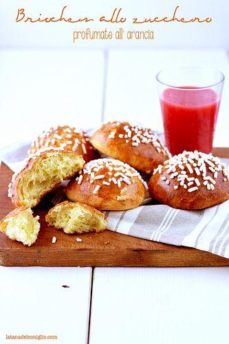 La tana del coniglio: Brioches allo zucchero profumate all'arancia