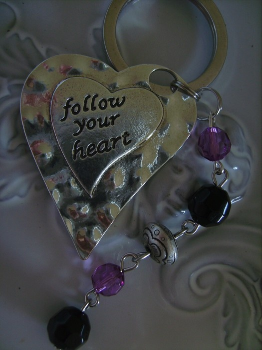 KEYRING SILVERTONE follow your heart with purple and black keyrings - by createddesignsbyrina on madeit
