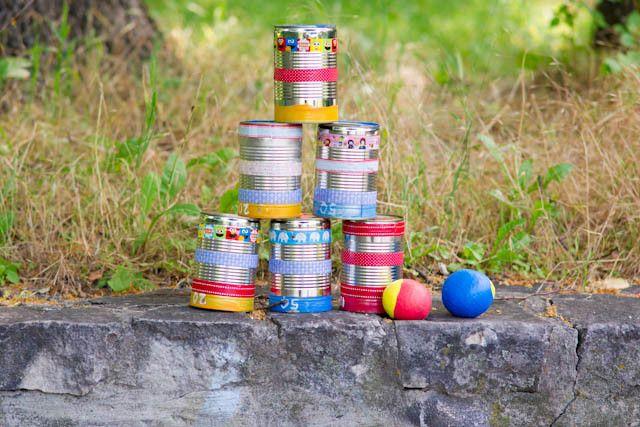 Kindergeburtstag Spiele - Dosenwerfen