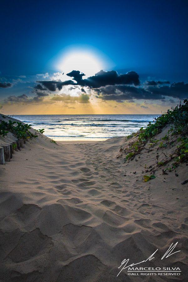 Portal para a Ponta do Ouro (Mozambique) by Marcelo Silva on 500px