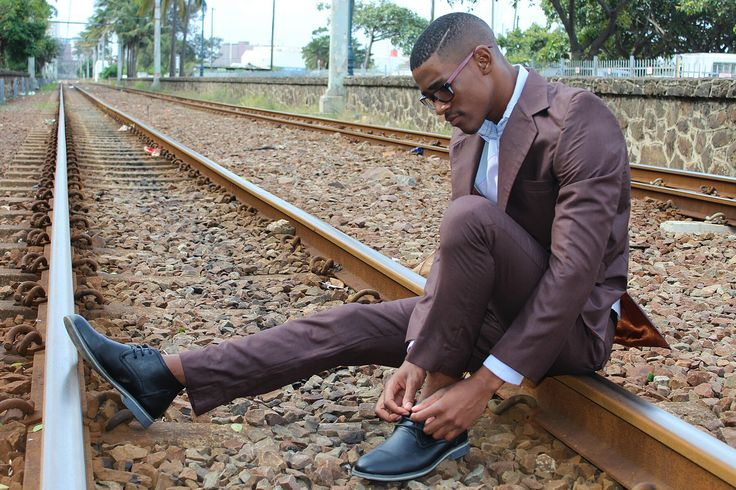 Donlegend empire #donlegendempie  #bongabhengu  #bonga  #bonga_bhengu #ladiesfashion  #magazine  #fashion  #southafrican  This mans suit are personalized designers