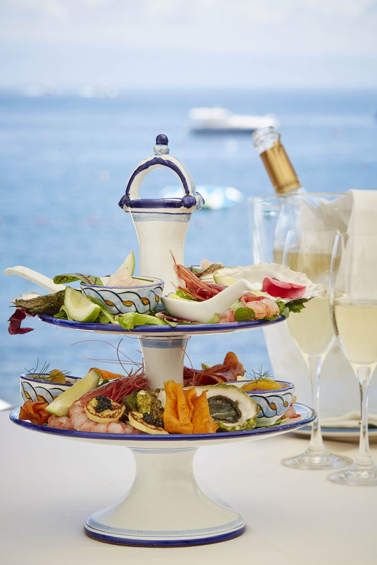 Afternoon Seatime: discover the Sicilian version of English afternoon tea. We've swapped the traditional pot of tea for Champagne. Instead of scones with clotted cream you'll enjoy a selection of delicious oysters and raw fish appetizers, fresh from the Sicilian sea.