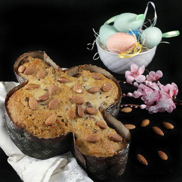 Colomba #senzaglutine #senzalatticini #senzazuccheriraffinati   http://www.senzaebuono.it/colomba-senza-glutine-farine-naturali-integrali/