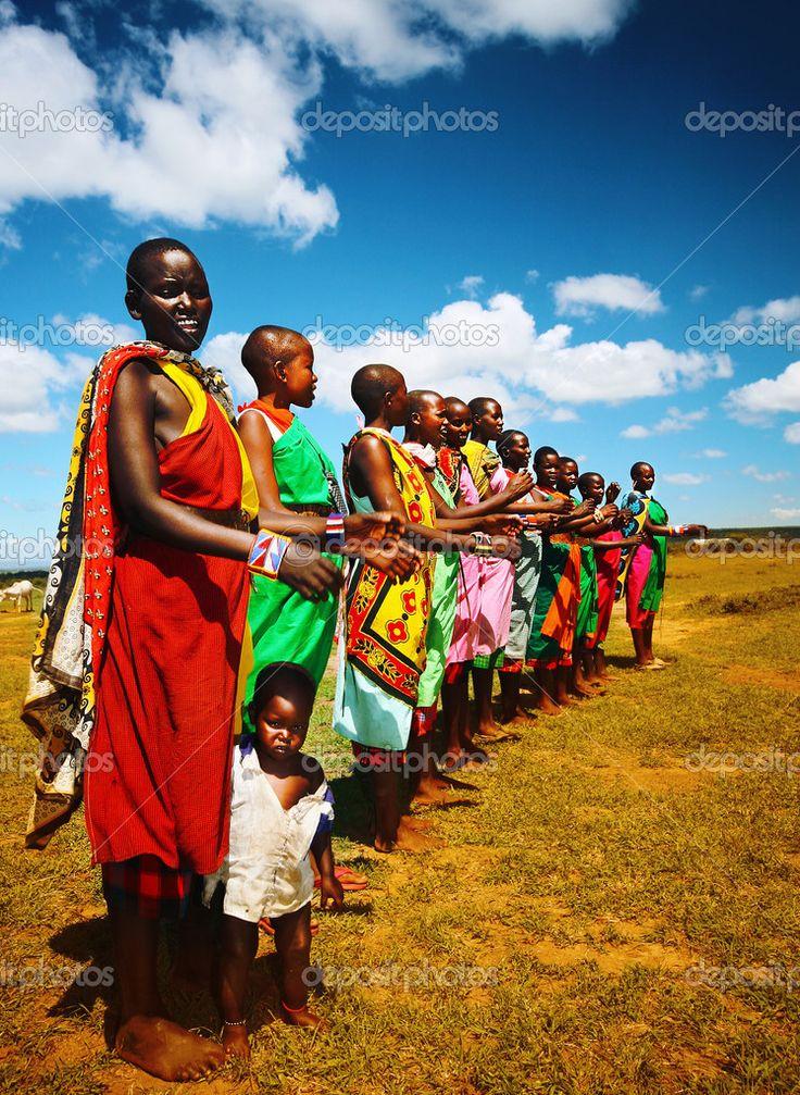 afrykańskich mężczyzn taniec - Obraz stockowy: 12379100
