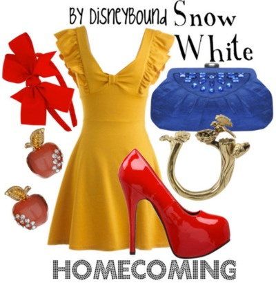 Obsessed, obsessed with this dress color and I secretly want to be Snow White, so... ;)