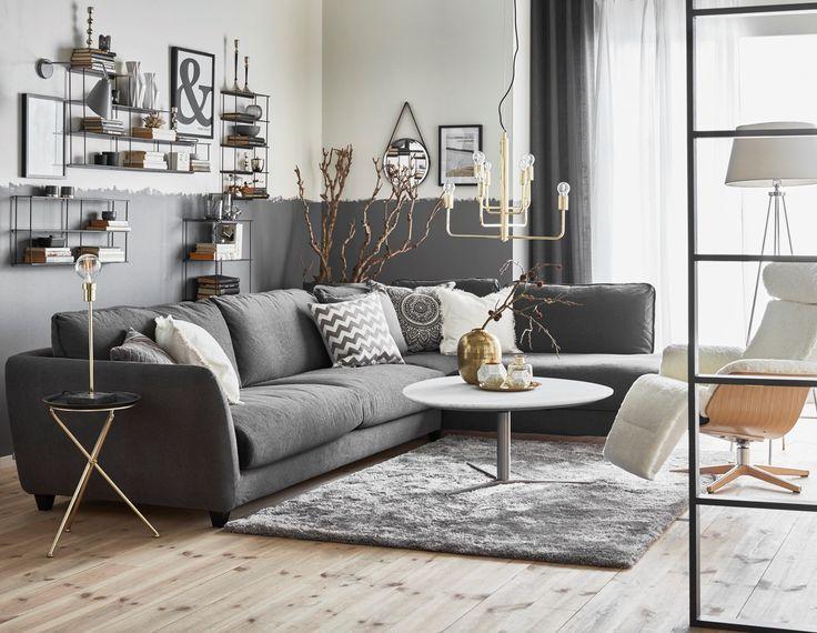 Nikki soffbord och Hoover 3-sits soffa med divan från Mio.