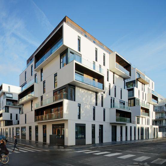 86 logements collectifs sociaux, Paris 15e - Architectes : Ameller Dubois & Associés (© Takuji Shimmura)