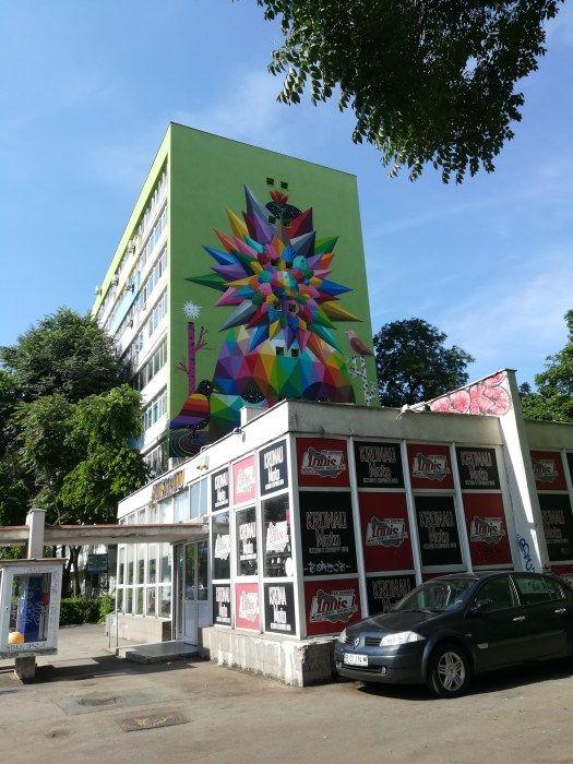 L'oeuvre d'Okudart Boulevard Dimitrie Cantemir à Bucarest