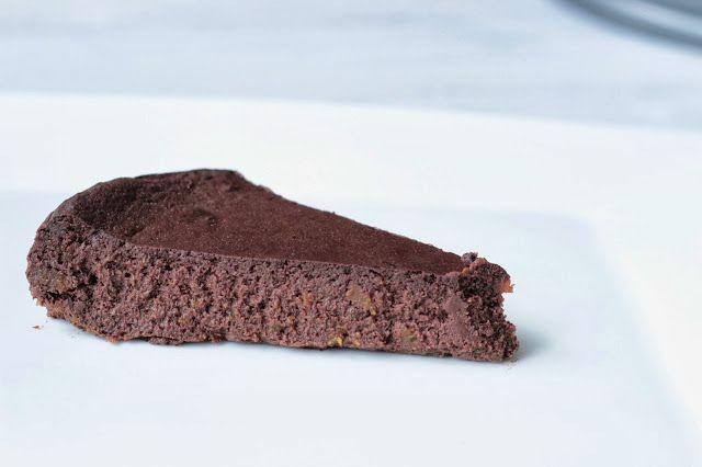 http://www.veseleboruvky.cz/2013/11/cokoladovy-mousse-dort.html