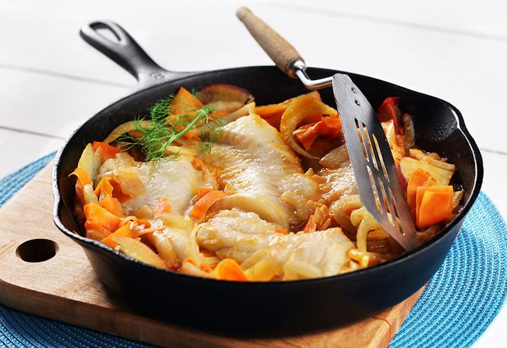 Celebrate March with these healthy recipes from our CanolaInfo Test Kitchen!  Cod Fish with Potatoes, Fennel and Carrots