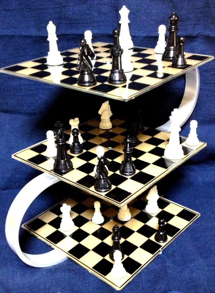 Tos 3d chess games pinterest - Star trek tridimensional chess ...