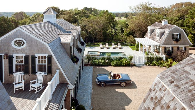 Hamptons compound...yes, please!