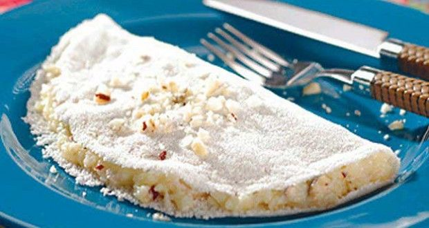 Tapioca de banana assada com cacau em pó  INGREDIENTES    •1 banana madura  •Cacau em pó a gosto  MODO DE PREPARO    •Asse a banana no microondas por 1 minuto e meio  •Amasse a banana assada  •Polvilhe cacau em pó a gosto  •Prepare a tapioca e espalhe o recheio    http://www.mundoboaforma.com.br/receitas-de-tapioca-light-com-menos-calorias/