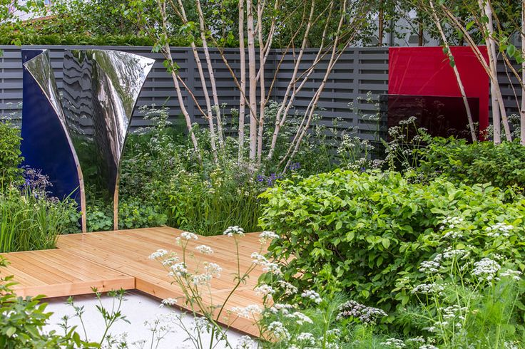 The Viking Ocean Cruises Show #Garden at RHS Chelsea makes an impact without using a profusion of brightly coloured #flowers.