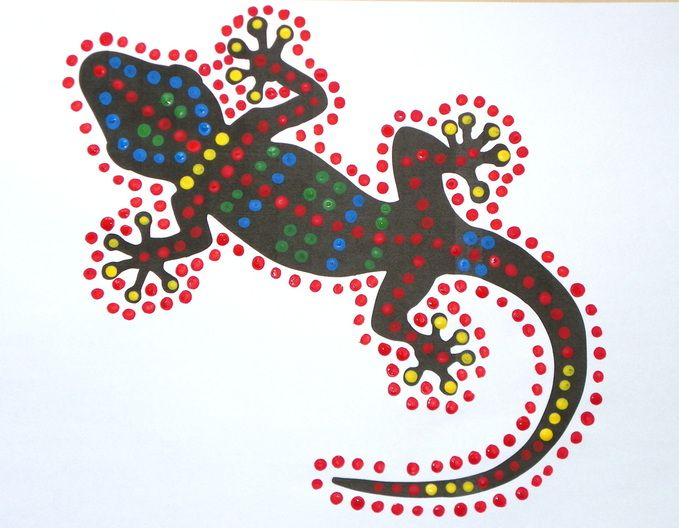 Free craft instructions and printable templates for dot painting Gecko craft for kids.