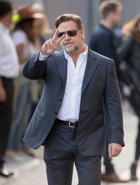 Russell Crowe Photos - Russell Crowe is seen at 'Jimmy Kimmel Live' on May 10…