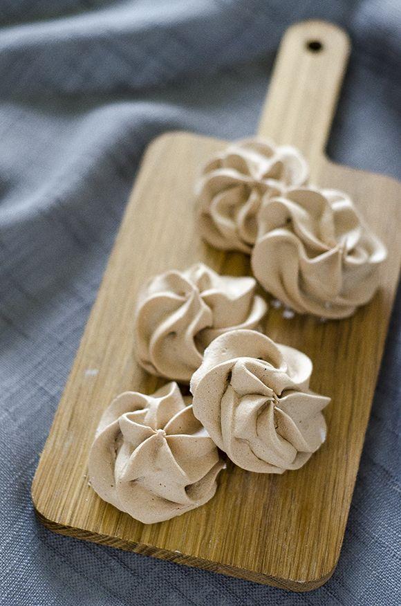 Mocha and Espresso Meringues | Coffee Chocolate & Chai | Pinterest