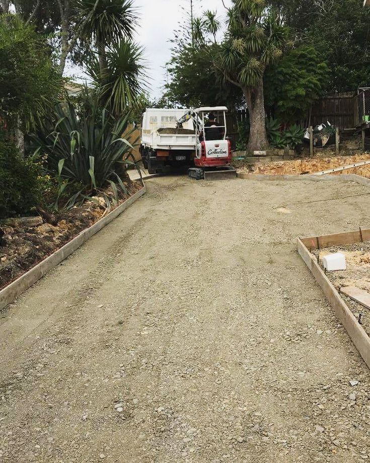 Prepping for a new subdivisions right of way drive. If you have any concrete work coming up our concrete placers can get the job done! #concrete #prep #slab #driveway #subdivision #property #development #contractor #digger #trucks #excavator #excavations #earthmoving #earthmover #landscaping #landscaper #earthmovingdaily #aggregate #formwork #trucking #takeuchi #tb216 #nissan #diesel #contractorsofinsta #concretework #thediggercollective concrete placing by @thelabourcollective