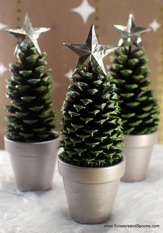 Árboles de Navidad de piñas