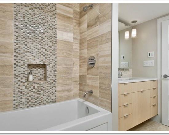 This bathtub tile is beautiful